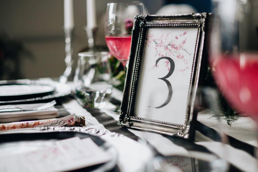 numerki na stoły kwiat wiśni
